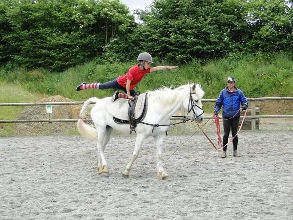 Sport& Loisirs Les falaises d'Armor Lanvollon Plouha Bretagne # Centre Équestre Du Bois Brulé